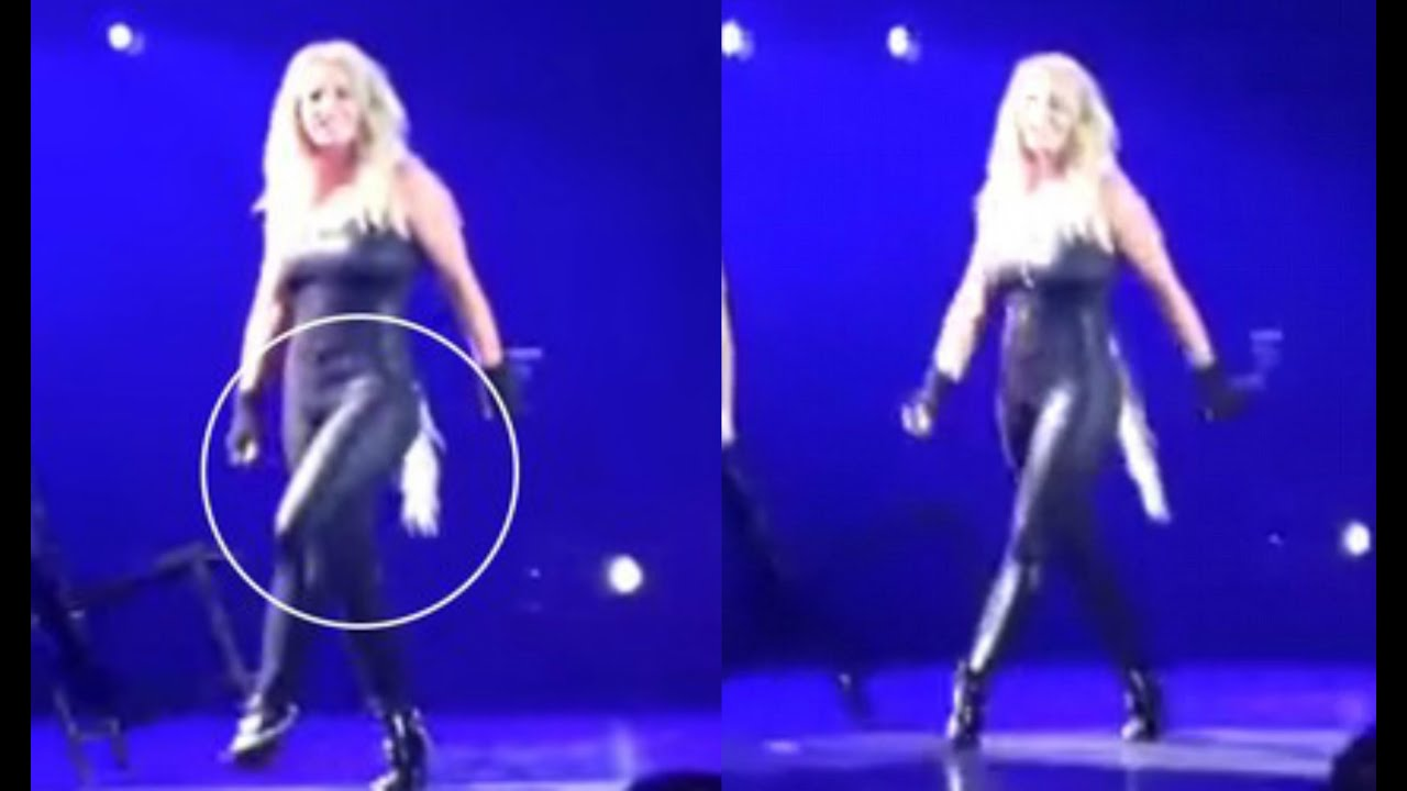 Britney Spears Hair Extensions Fall Out On Stage During Las Vegas