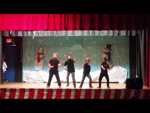 Chicken Dance  Felton Elementary School.
