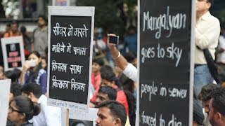 'Stop Killing Us': Hundreds Gather in Delhi to Protest Sewer Deaths