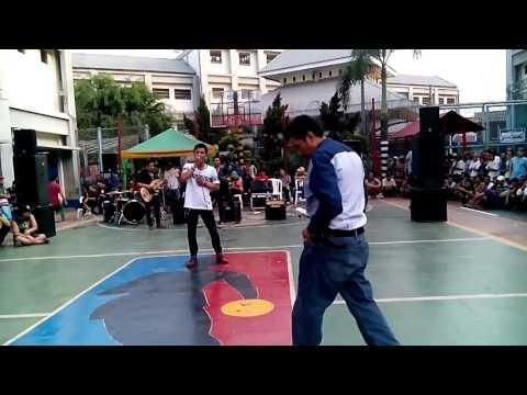 Perform FLAZZ BAND at rutan salemba .mp4