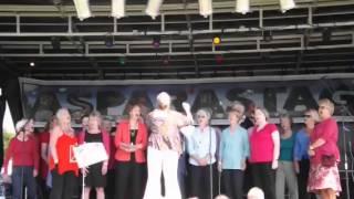 Move on Up Choir singing Adios Hermanos