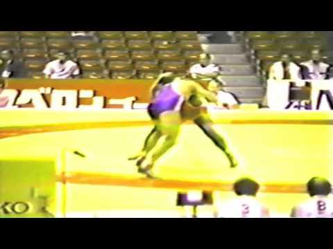 1990 Senior World Championships: 74 kg Gary Holmes (CAN) vs. Andre Backhaus (GDR)