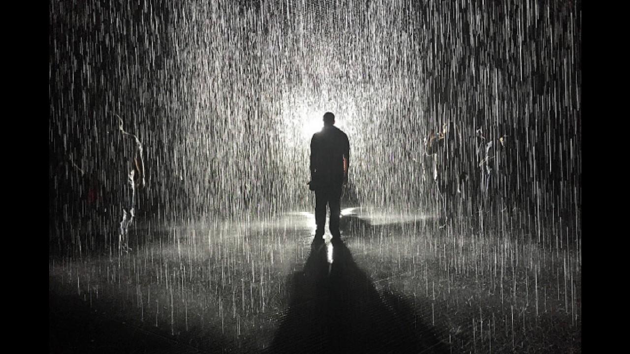 sad rainy movie scene - HD1182×788
