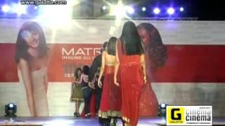 Parvathy Omanakuttan walks the ramp at Matrix Fashion Show