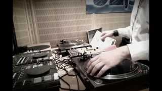 Electro-Swing  / Swing House: Phos Toni Live @ Das Bootshaus, Radio Rheinwelle // 06.07.2013