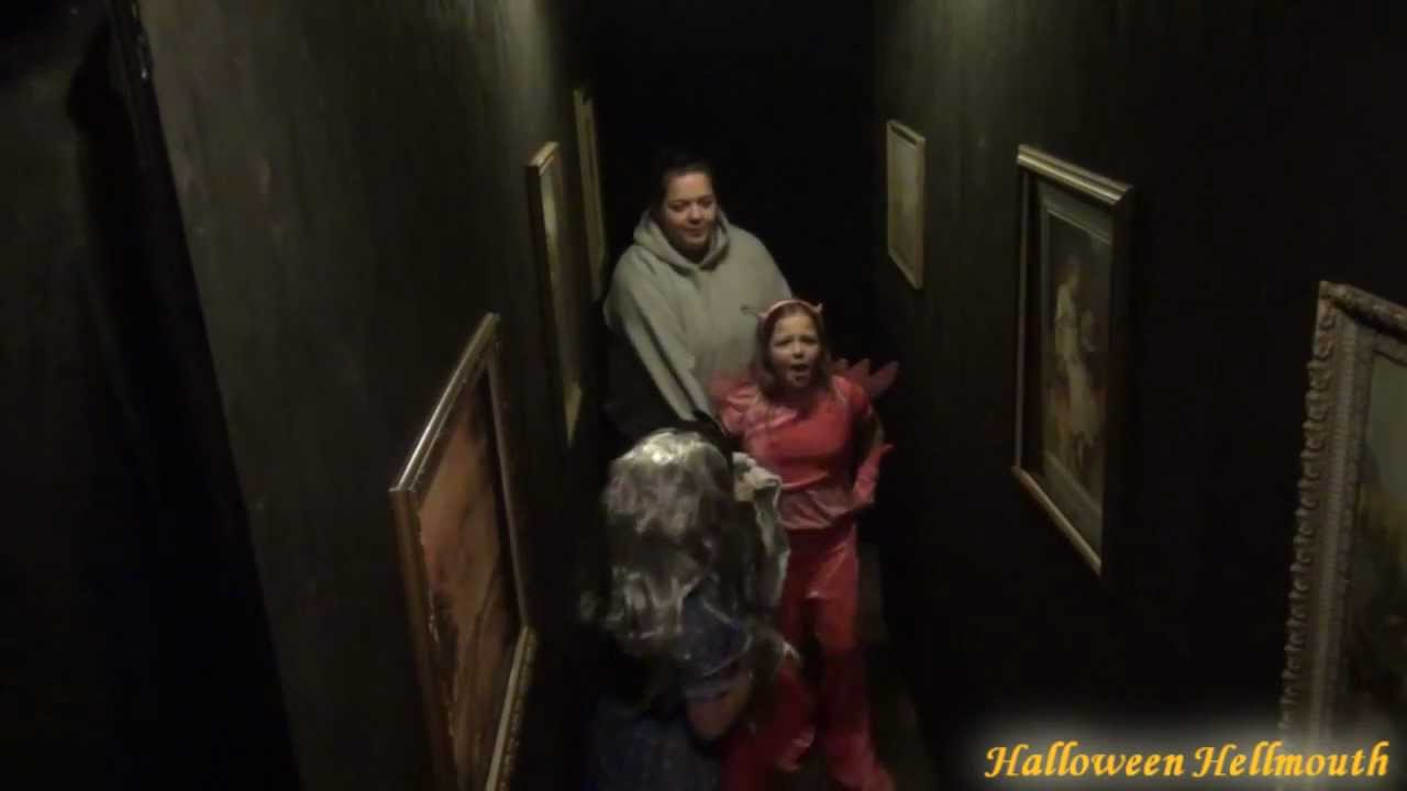2011 Haunted House Drop Panel Hallway Scare Video