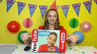Что то ПОШЛО НЕ ТАК День Рождения подарки и СЮРПРИЗЫ для  SASHA SHOW Футболка с логотипом You Tube