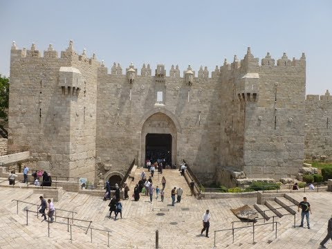 Ramadan 2017 at the Old City of Jerusalem - A tour from the Damascus Gate to the Muslim