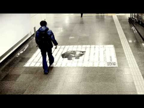 The footprint poster ( Anti bear farming campaign )
