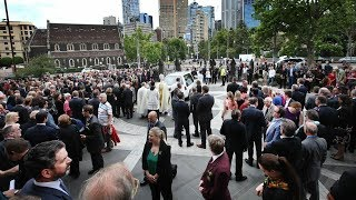 Thousands attend state funeral of Melbourn icon Sisto Malaspina | Breaking News