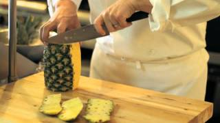 How to Dice a Pineapple - Tips and Tricks from Newbury College