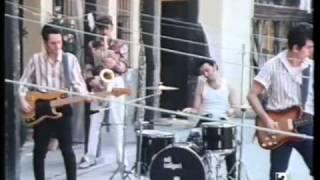 GABINETE CALIGARI - Malditos refranes (videoclip)