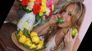 """Thalía reveló en 10 tips el secreto de su """"eterna juventud..."""