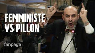 """Femministe contestano Pillon a Roma, spintoni e insulti sessisti dai leghisti: """"Andatevene zoc***e"""""""