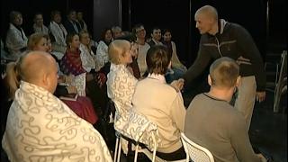 Необычный моноспектакль с задушевным общением актера и публики показали в Красноярске