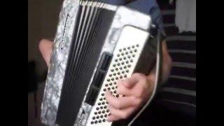 Уроки простой игры на аккордеоне с БГ часть 3