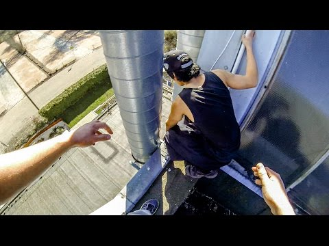 STUCK on a ROOF in the City - Parkour FAIL - GoPro HERO4