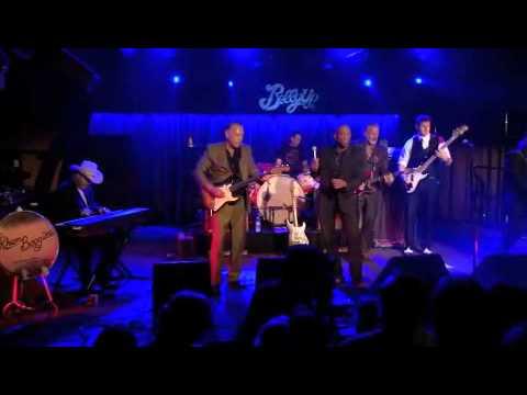Earl Thomas & The Rhumboogies LIVE!