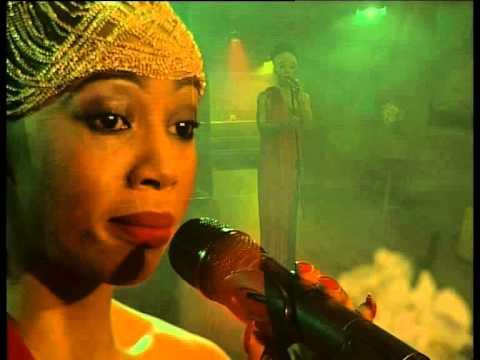 kelly khumalo performs asine youtube