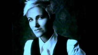 No One Makes It On Her Own - Roxette (Legendas em Português/Inglês - Lyrics)