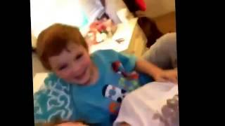 Kleines Kind hehehe wtf