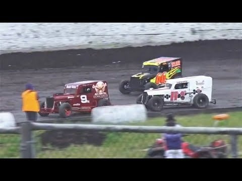 Dwarf Cars VETERAN MAIN 6-14-19 Petaluma Speedway