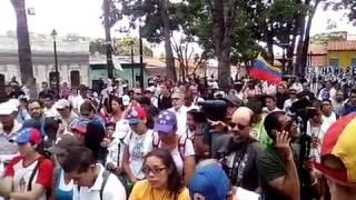 Ciudadanía eleva cadena de oraciones por Vzla antes de emprender caminata