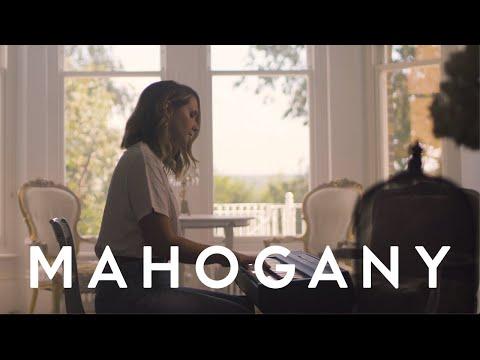 Lilla Vargen - Solitary   Mahogany Session