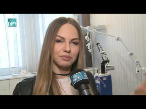 Lina Mayer na Klinike ENVY