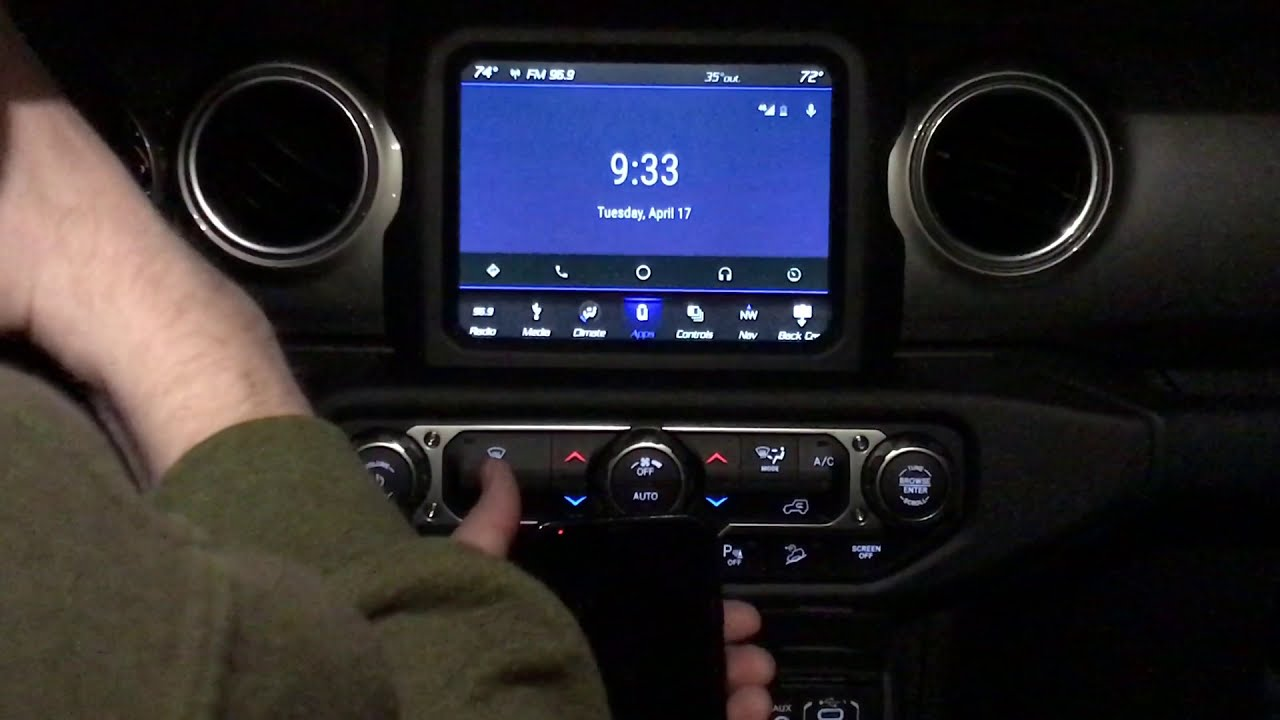 UCONNECT 4C NAV RADIO WITH ANDROID AUTO DEMONSTRATION JEEP WRANGLER JL  www SUMMITAUTO com