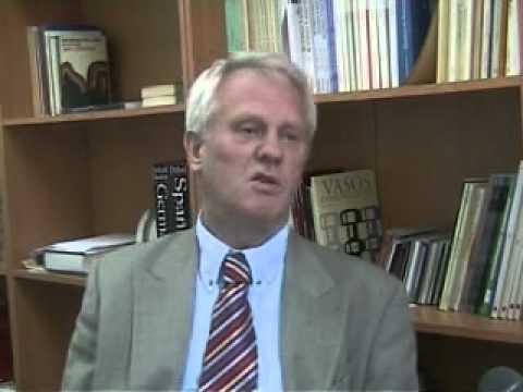 José Lambert (translation scholar)