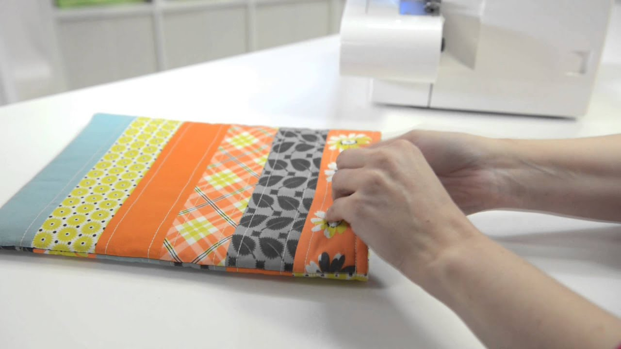 SINGER® Serger Quilting - YouTube : quilting with a serger - Adamdwight.com