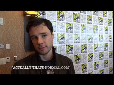Rupert Evans wants to visit Thats-Normal com