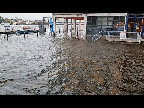 Storm Brian causes flooding in Ireland