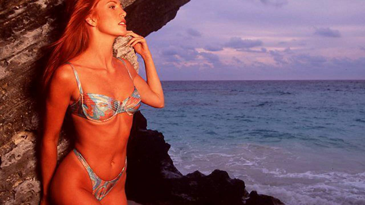 Angie Everhart Naked Pics angie everhart nude - 7 pictures: rating 8.62/10