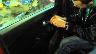 видео Как снять обшивку с двери автомобиля? Расписываем шаг за шагом