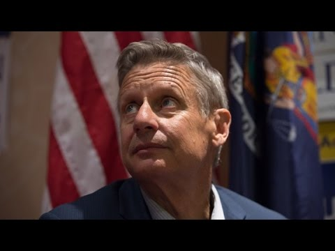 Sanders urges backers not to support Gary Johnson