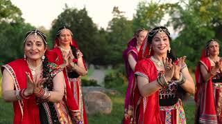 Rajasthani Dance | Goonth Lyae Bagan Ki Malan Gend Gajro | Rose Garden