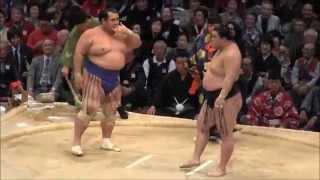 2014大相撲九州場所10日目、琴奨菊 vs 豪栄道の取組。現地オリジナル撮...