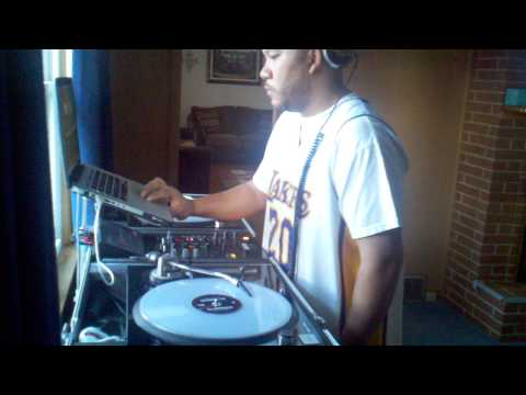 DJ MORENO HIP-HOP & REGGAETON