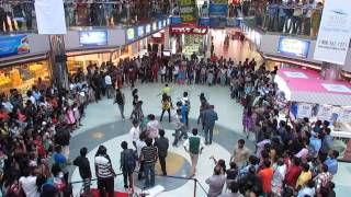 """Nostalgia"" Flash Mob @ Oberon Mall Kochi ( UnOfficial ) by Layatharang"