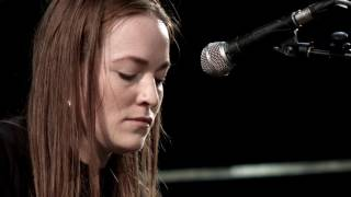 Radie Peat - Cailín deas crúite na mbó /When I Was A Young Girl