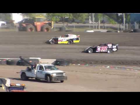 Nodak Speedway IMCA Sport Mod Heats (Motor Magic Night #2) (9/3/17)