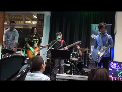 Silver Strings First Gig (Part 1) Camden Sports Club 14 May 2016