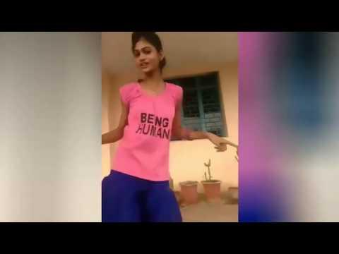 aankhen jab bhi kholega tu payega mujhe_ Dance by Girl 2017