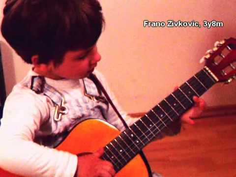 3 year old guitarist plays Santana // Frano