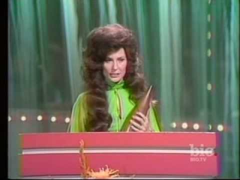 Loretta Lynn CMA Entertainer Of The Year 1974