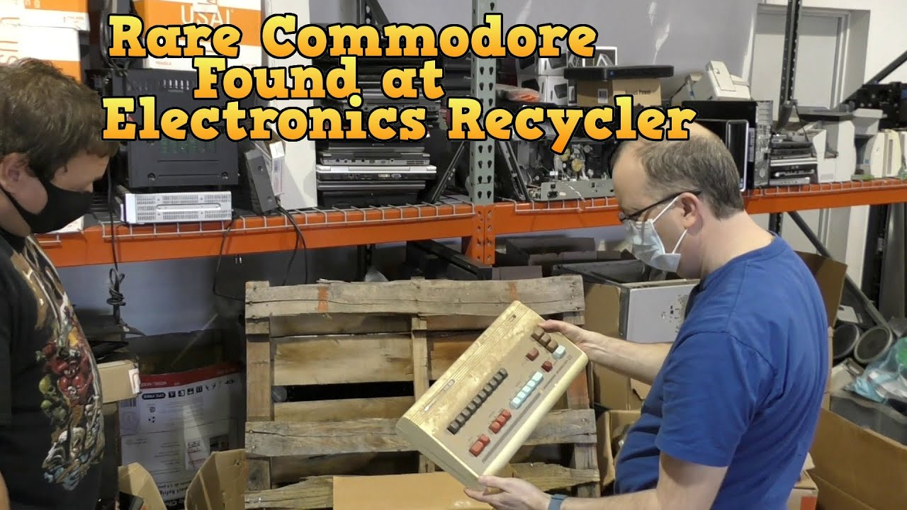 Rare Commodore Systems Found at Electronics Recycler