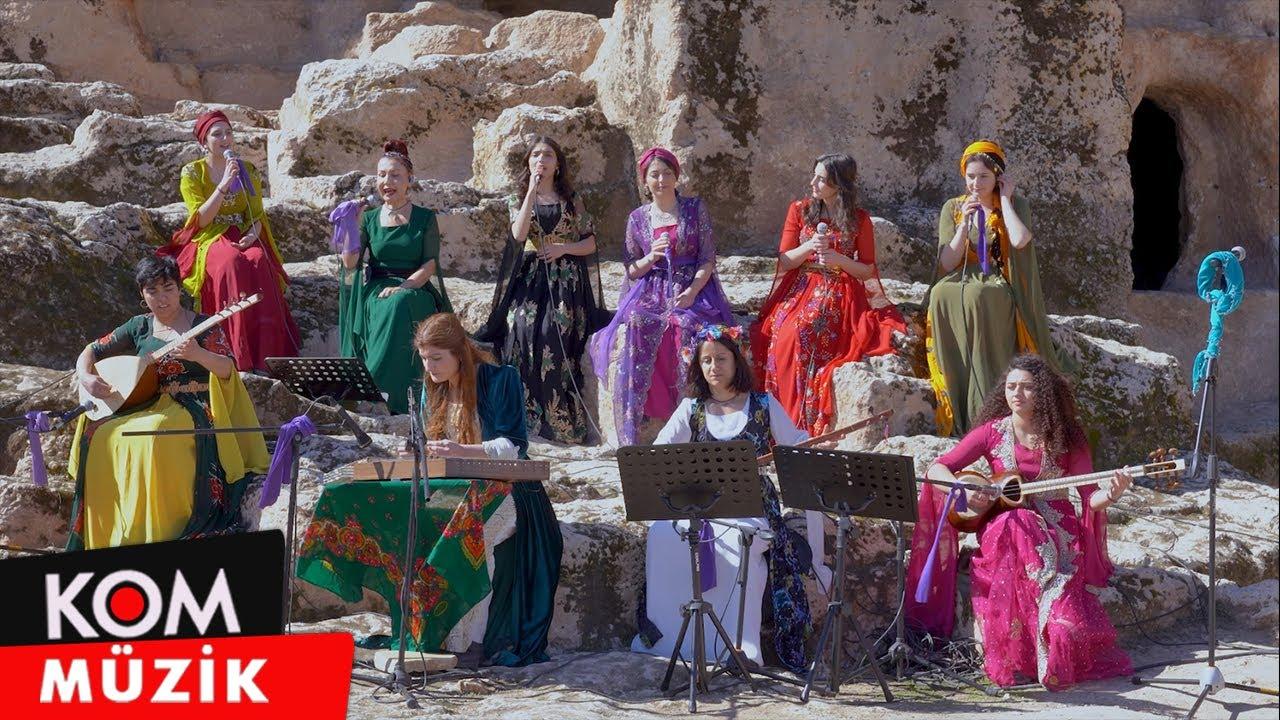 Kardeş Türküler - JinMa (Dengê Qedîm Konserên Amîdayê)