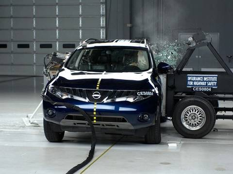 2009 Nissan Murano side IIHS crash test